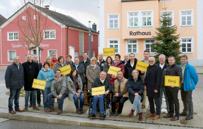 2020 Gruppenfoto Rathaus